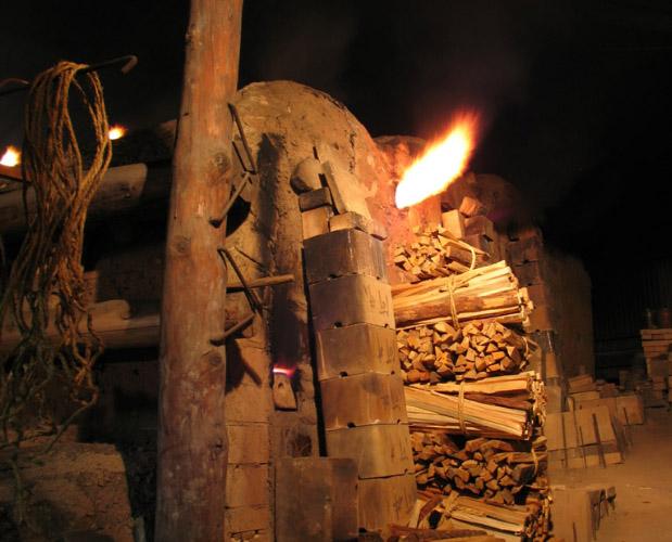 初代武一、南丹窯を築く